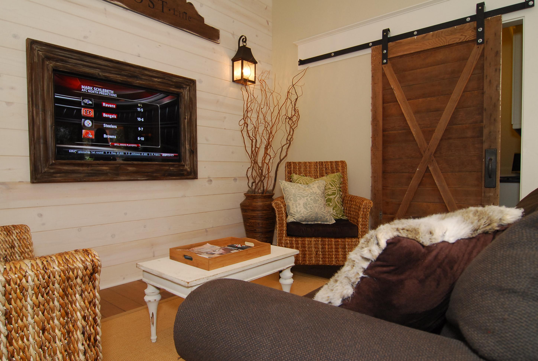guest post installing barn sliding doors pallet. Black Bedroom Furniture Sets. Home Design Ideas